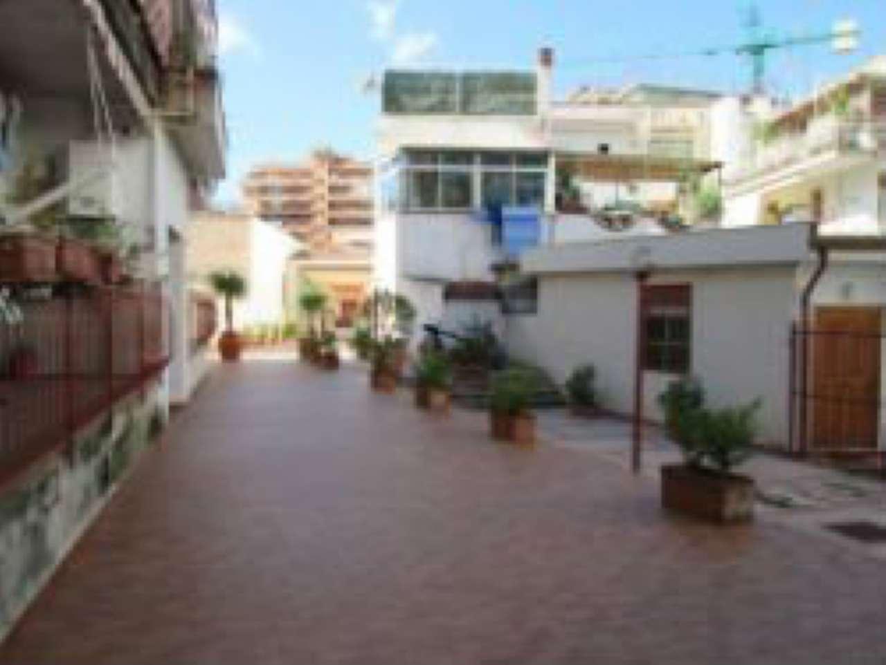 Appartamento in Affitto a Palermo Periferia: 2 locali, 50 mq