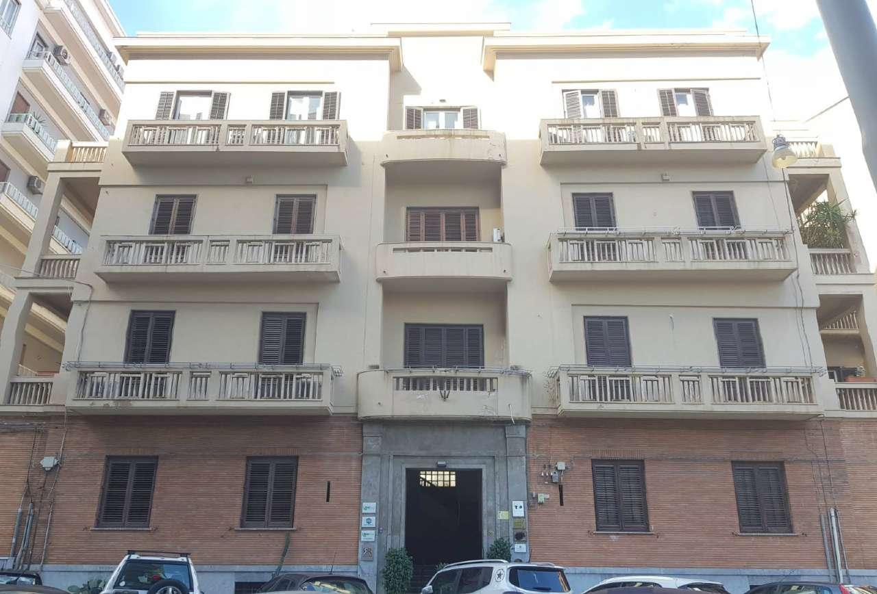 Appartamento in Vendita a Palermo Centro: 5 locali, 290 mq