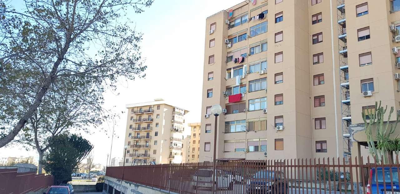 Posto-box auto in Vendita a Palermo Periferia: 1 locali, 40 mq