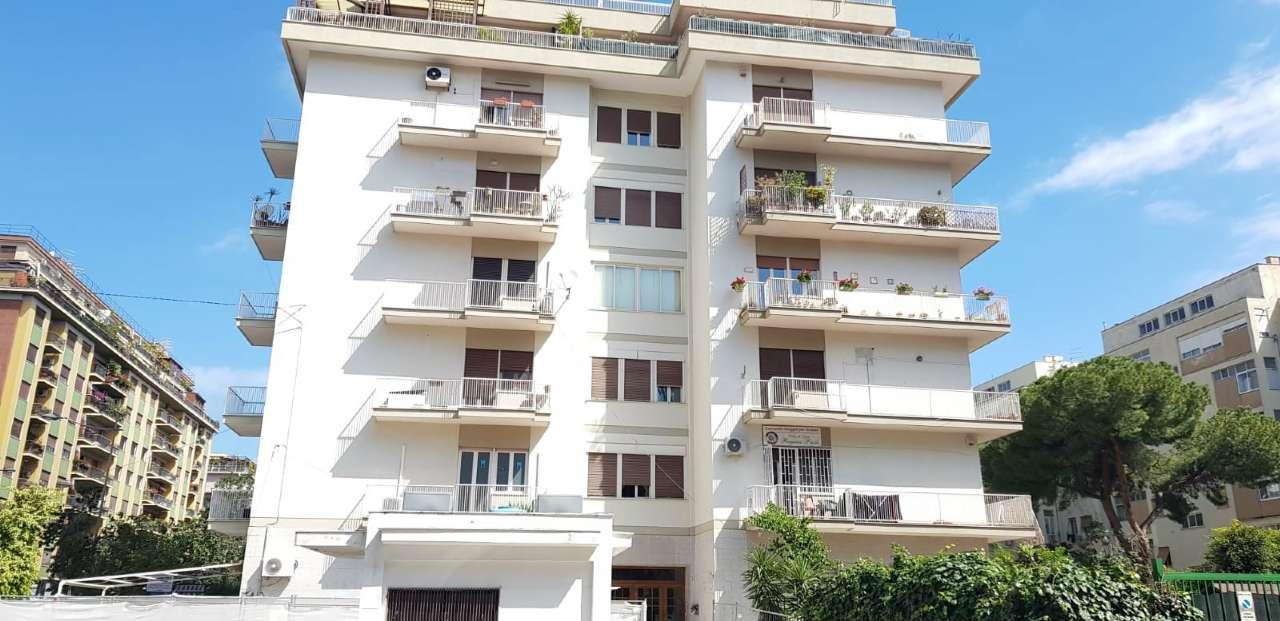 Appartamento in Vendita a Palermo Centro:  4 locali, 135 mq  - Foto 1