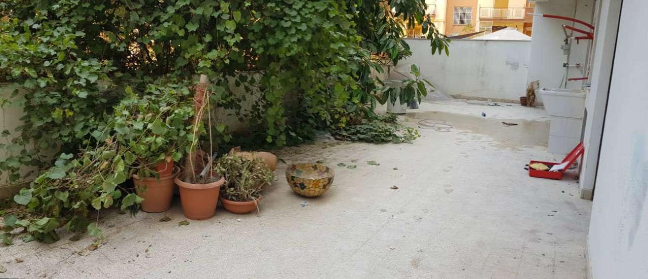 Ufficio-studio in Affitto a Palermo Semicentro: 5 locali, 120 mq