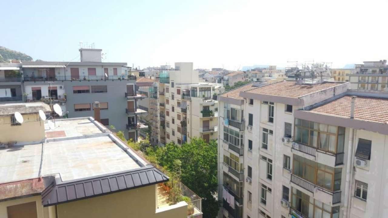 Attico in Affitto a Palermo Centro: 3 locali, 70 mq