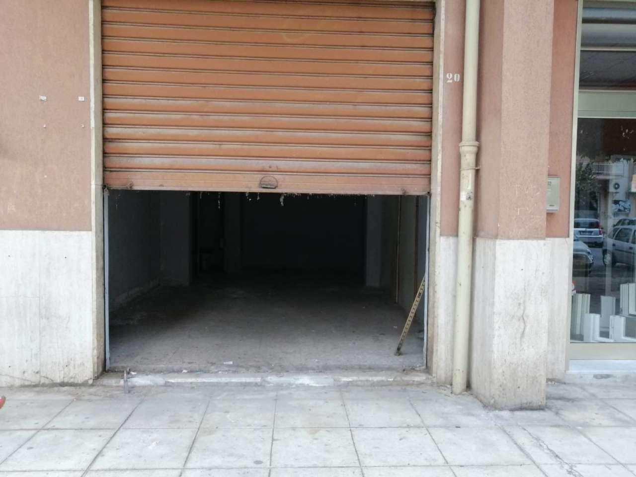 Negozio-locale in Vendita a Palermo Periferia: 1 locali, 40 mq
