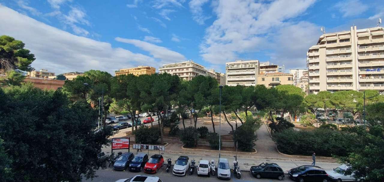 Appartamento in Affitto a Palermo Centro: 3 locali, 85 mq