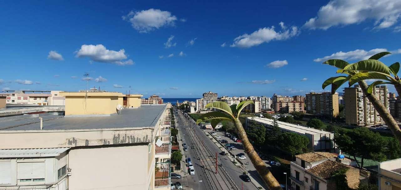 Attico in Vendita a Palermo Periferia: 5 locali, 165 mq
