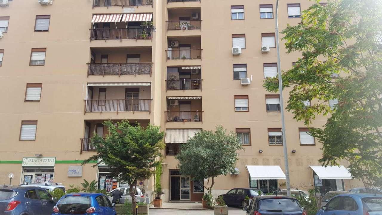 Appartamento in Affitto a Palermo Centro:  5 locali, 135 mq  - Foto 1