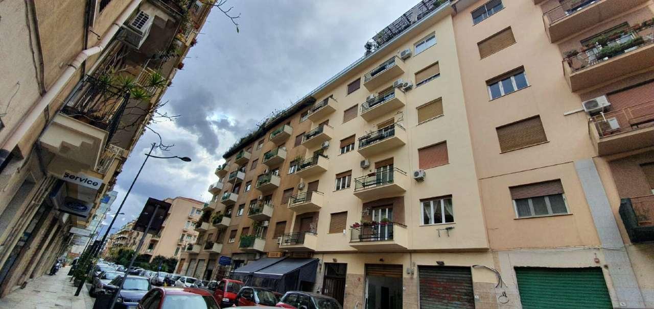 Appartamento in Affitto a Palermo Centro: 3 locali, 100 mq