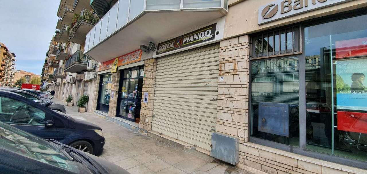 Negozio-locale in Affitto a Palermo Centro: 1 locali, 22 mq
