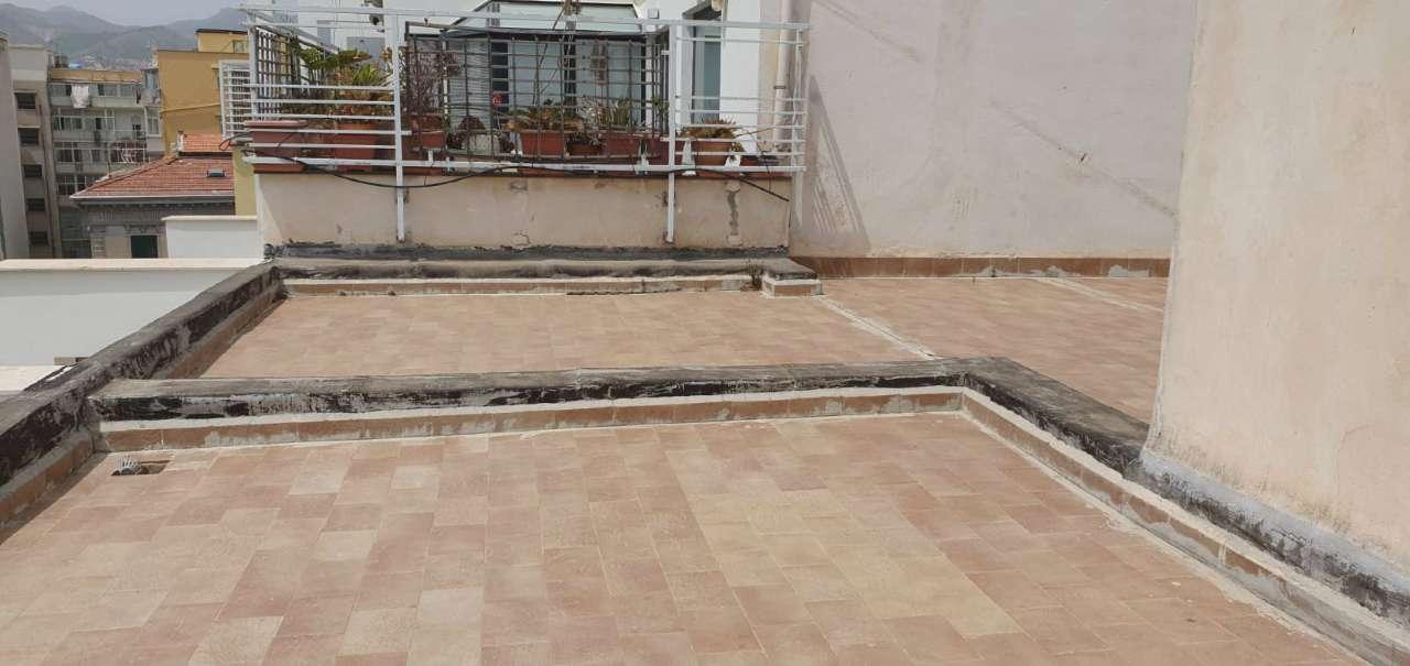 Attico in Vendita a Palermo Centro: 5 locali, 160 mq