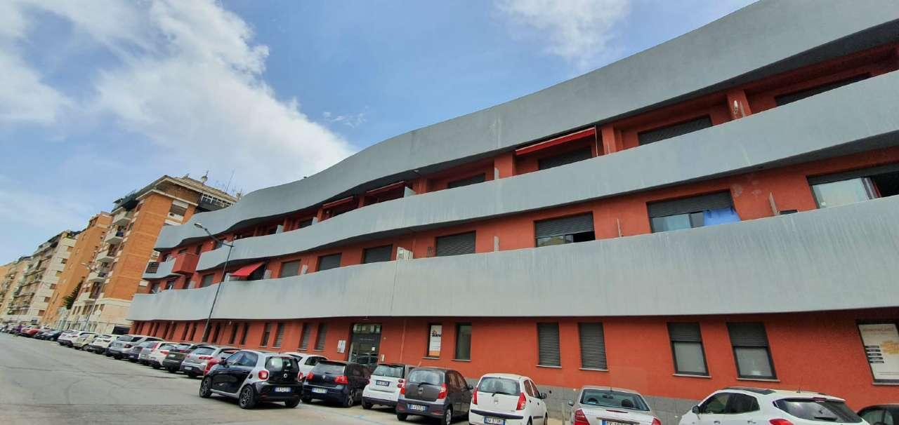 Appartamento in Vendita a Palermo Centro: 1 locali, 45 mq