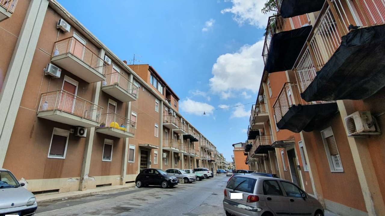 Appartamento in Vendita a Palermo Periferia:  4 locali, 130 mq  - Foto 1
