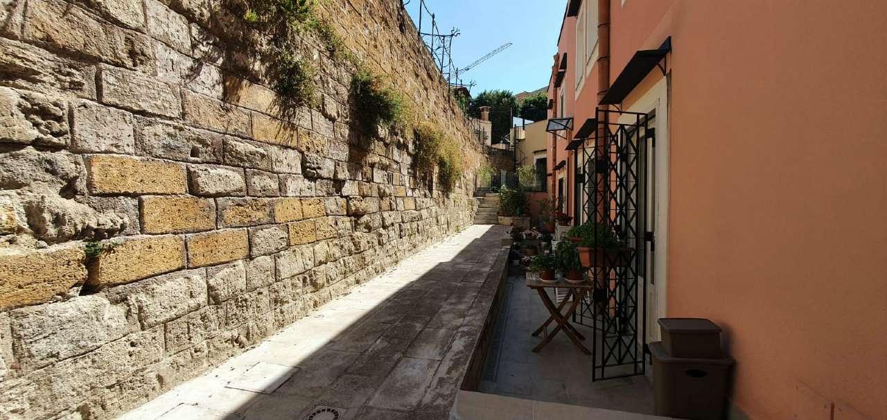 Appartamento in Vendita a Palermo Periferia: 3 locali, 100 mq