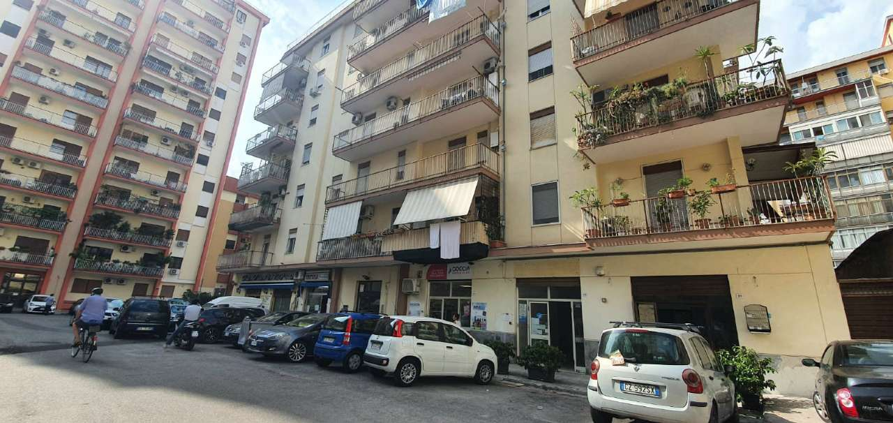 Negozio-locale in Vendita a Palermo:  1 locali, 75 mq  - Foto 1