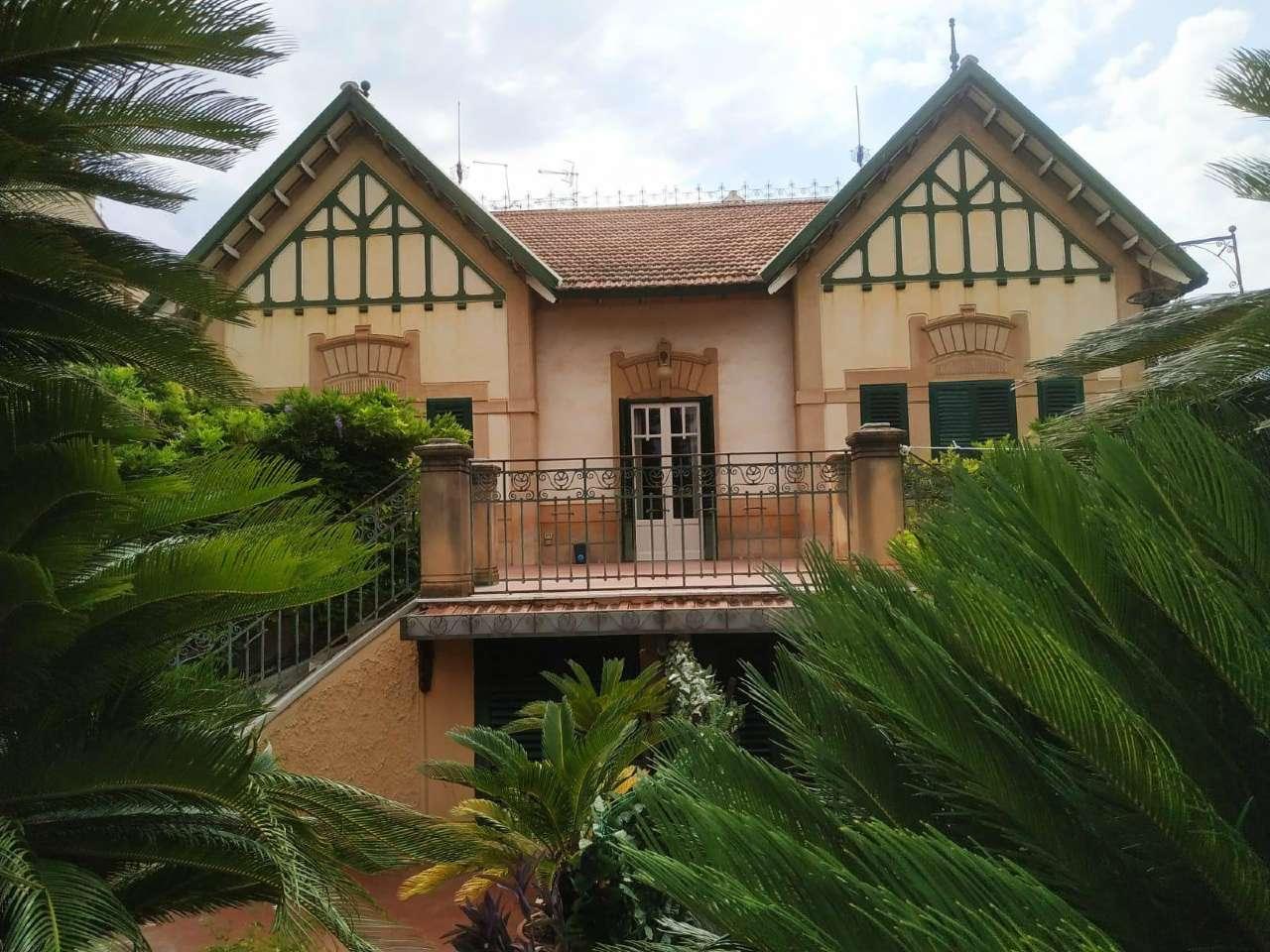Appartamento in Affitto a Palermo Periferia: 5 locali, 145 mq