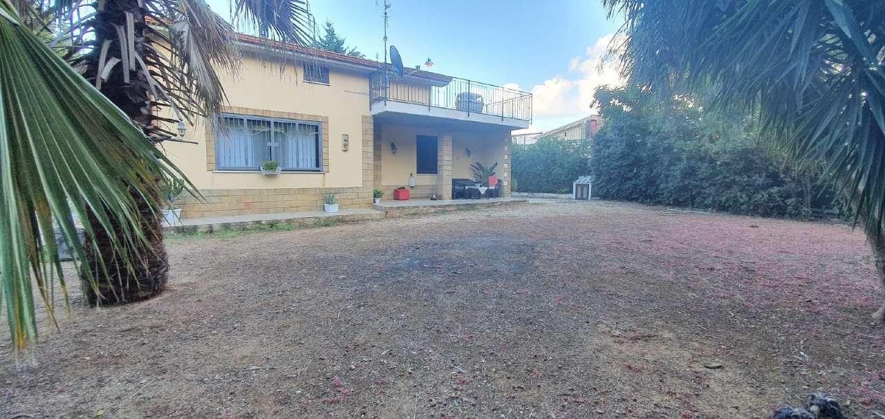 Villa in Vendita a Carini Periferia: 5 locali, 125 mq