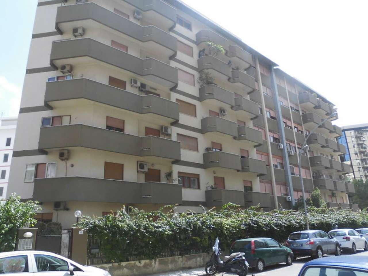 Appartamento in Vendita a Palermo: 130 mq