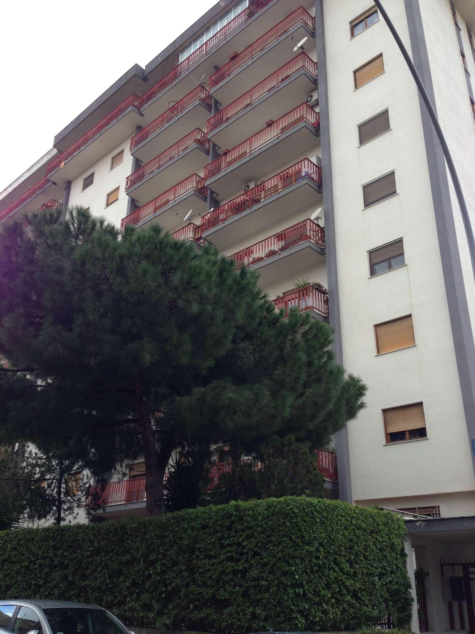 Appartamento in Affitto a Palermo: 5 locali, 150 mq