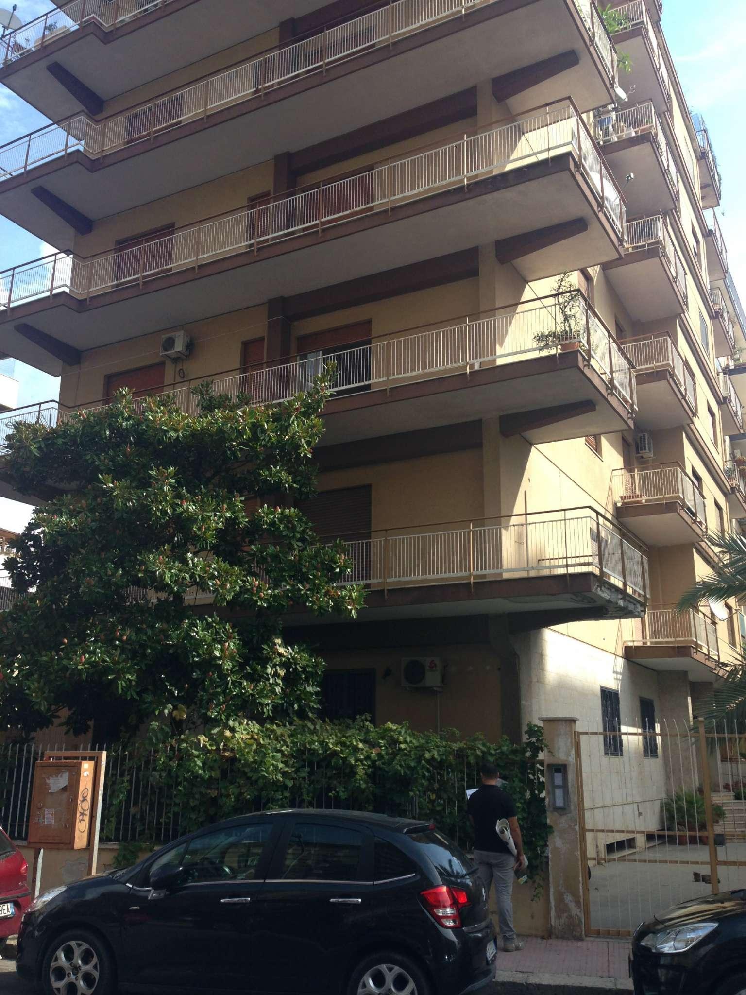 Appartamento in Vendita a Palermo:  5 locali, 150 mq  - Foto 1