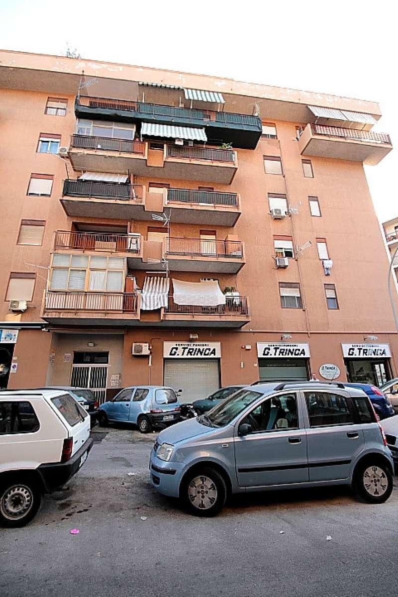 Appartamento in Vendita a Palermo:  2 locali, 45 mq  - Foto 1