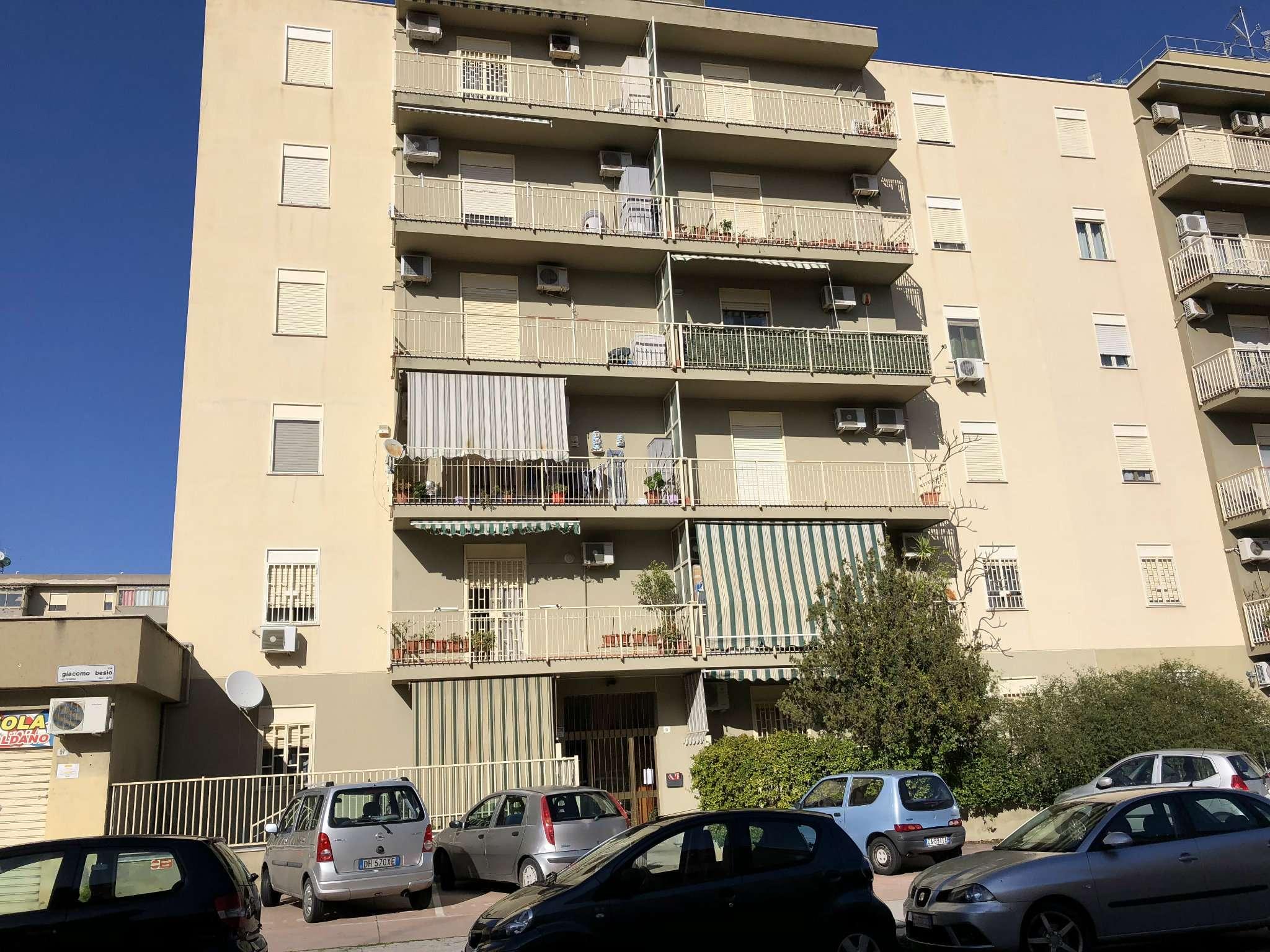 Appartamento in Vendita a Palermo Periferia: 4 locali, 105 mq