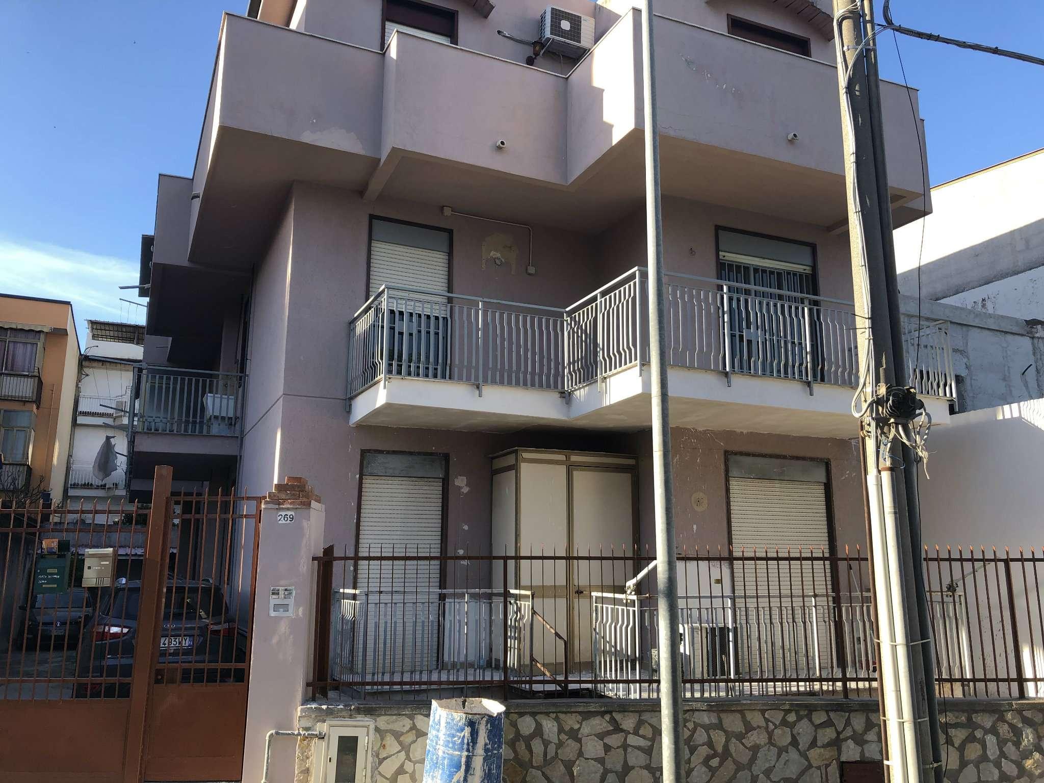 Appartamento in Affitto a Palermo: 3 locali, 65 mq