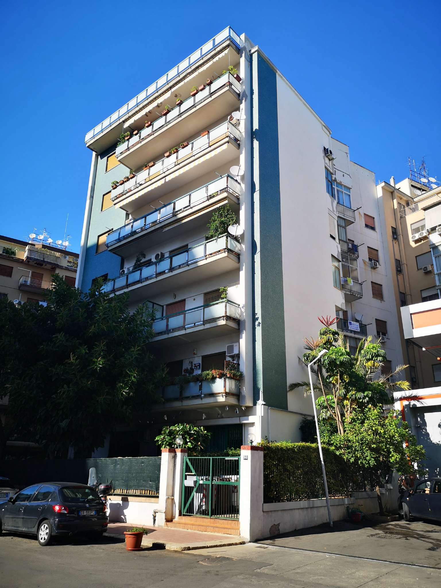 Appartamento in Vendita a Palermo: 4 locali, 110 mq