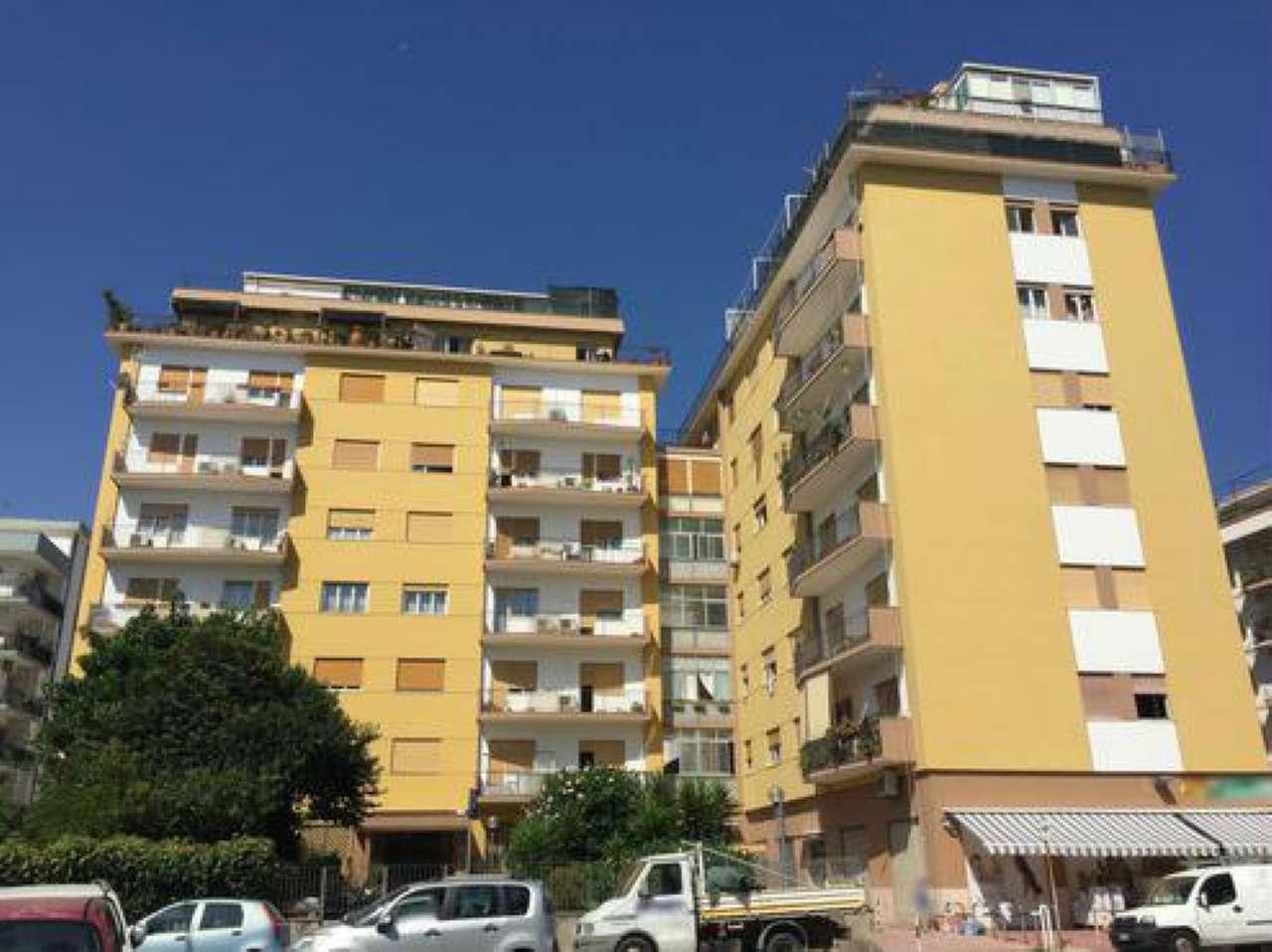 Ufficio-studio in Affitto a Palermo: 5 locali, 150 mq