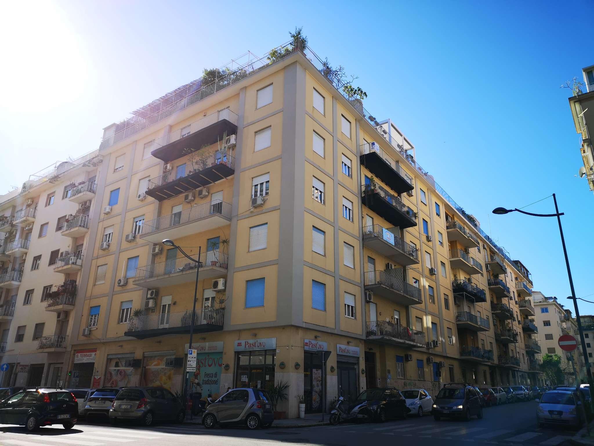 Appartamento in Vendita a Palermo: 5 locali, 156 mq