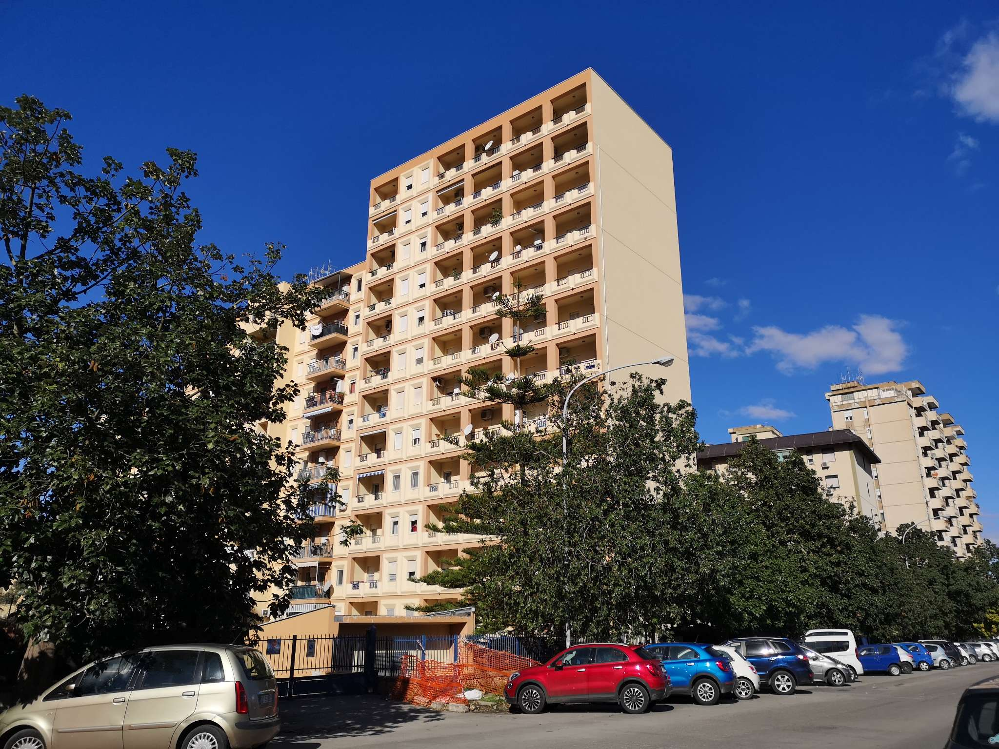 Appartamento in Vendita a Palermo: 5 locali, 135 mq