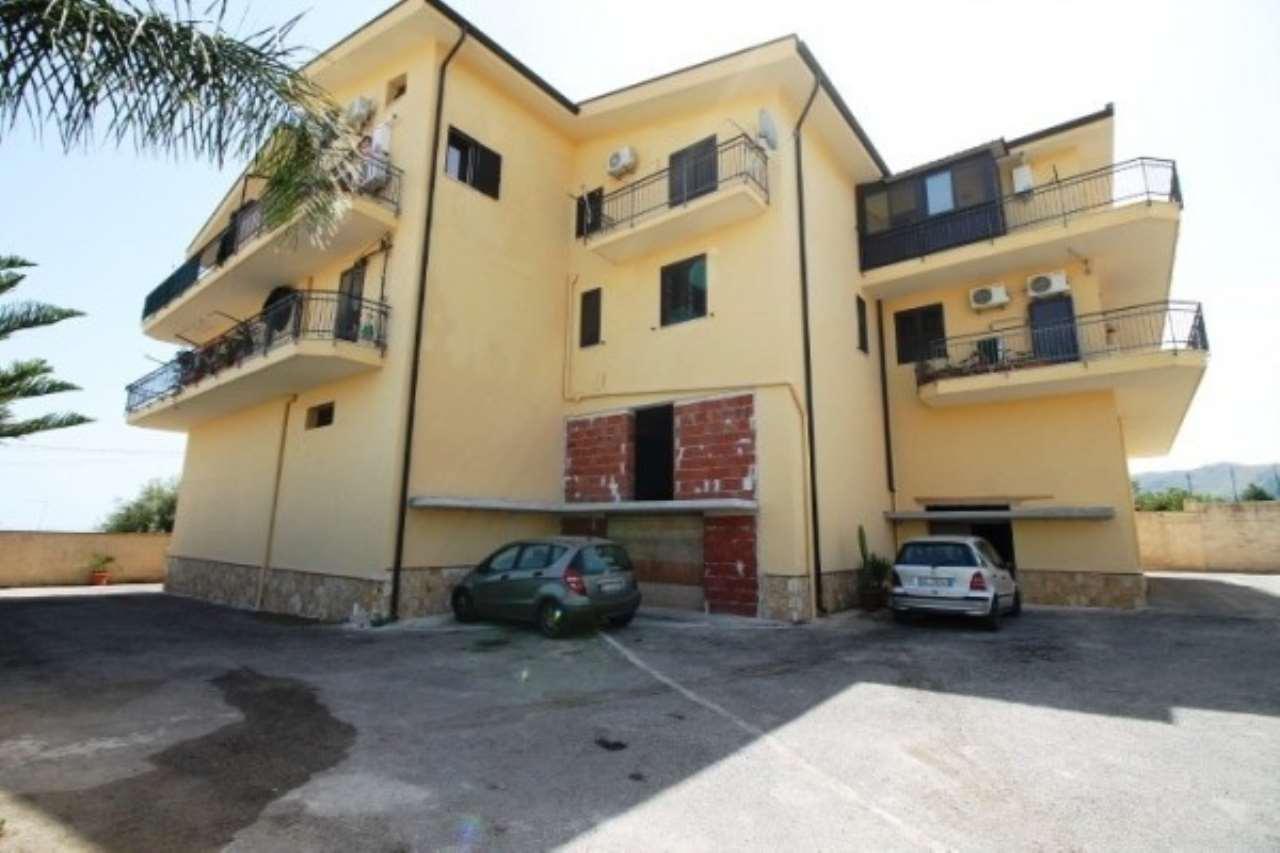 Appartamento in vendita a Altavilla Milicia, 3 locali, prezzo € 130.000   CambioCasa.it