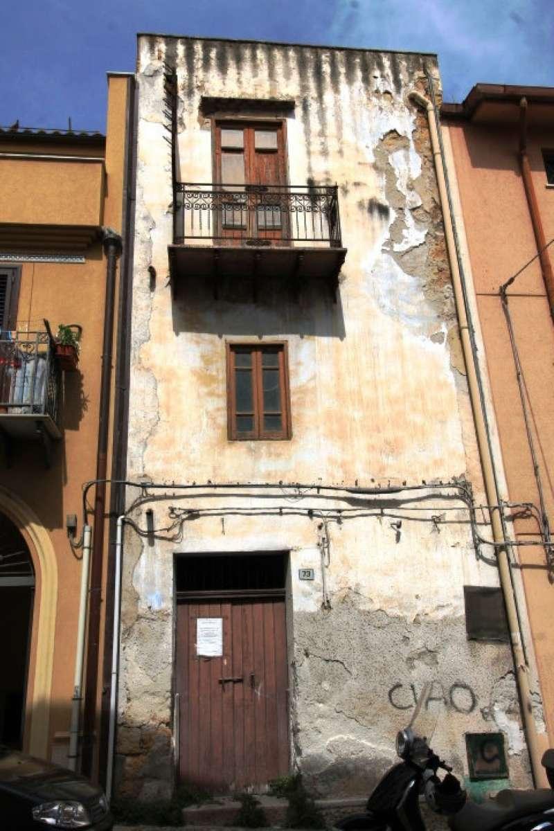 Palazzo / Stabile in vendita a Casteldaccia, 3 locali, prezzo € 38.000 | CambioCasa.it