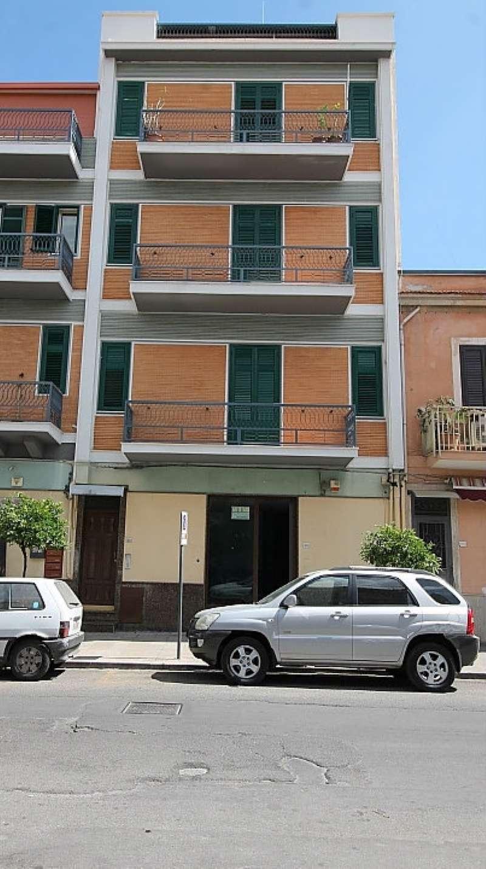 Negozio / Locale in affitto a Villabate, 3 locali, prezzo € 550 | CambioCasa.it