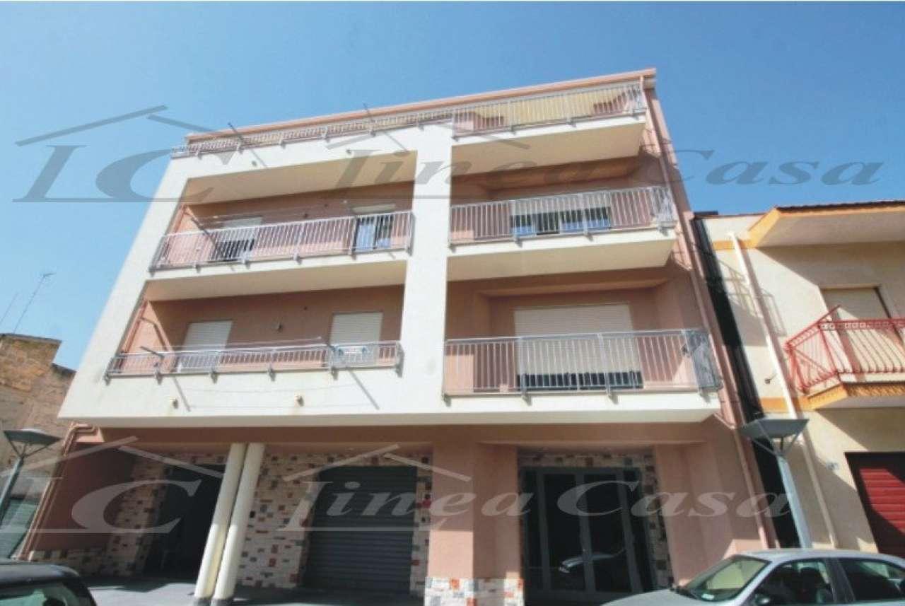 Appartamento in Affitto a Altavilla Milicia