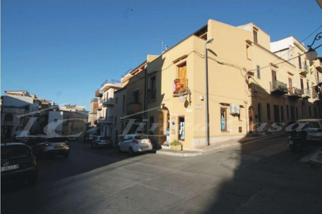 Appartamento in vendita a Casteldaccia, 2 locali, prezzo € 90.000 | CambioCasa.it