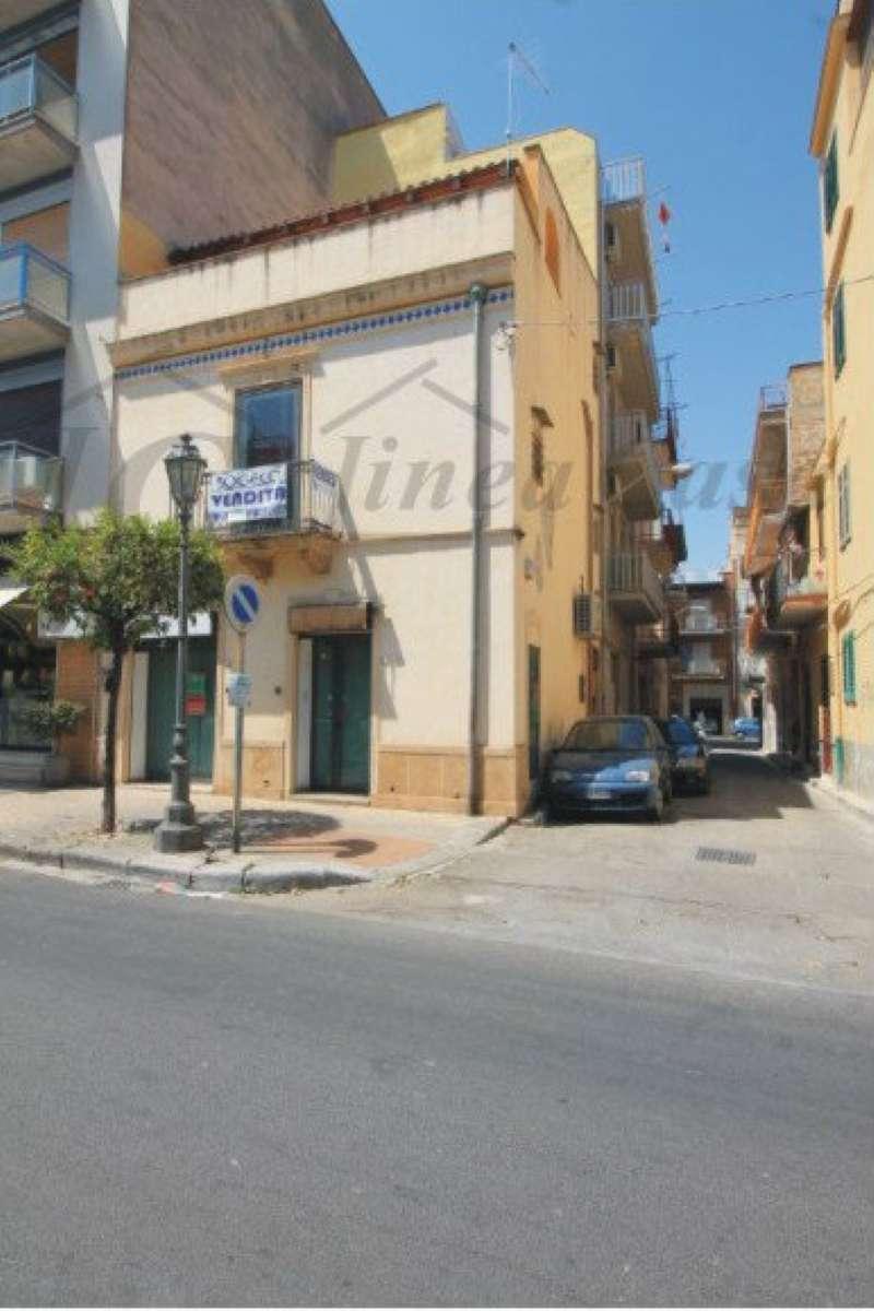 Ufficio / Studio in affitto a Bagheria, 2 locali, prezzo € 600 | CambioCasa.it