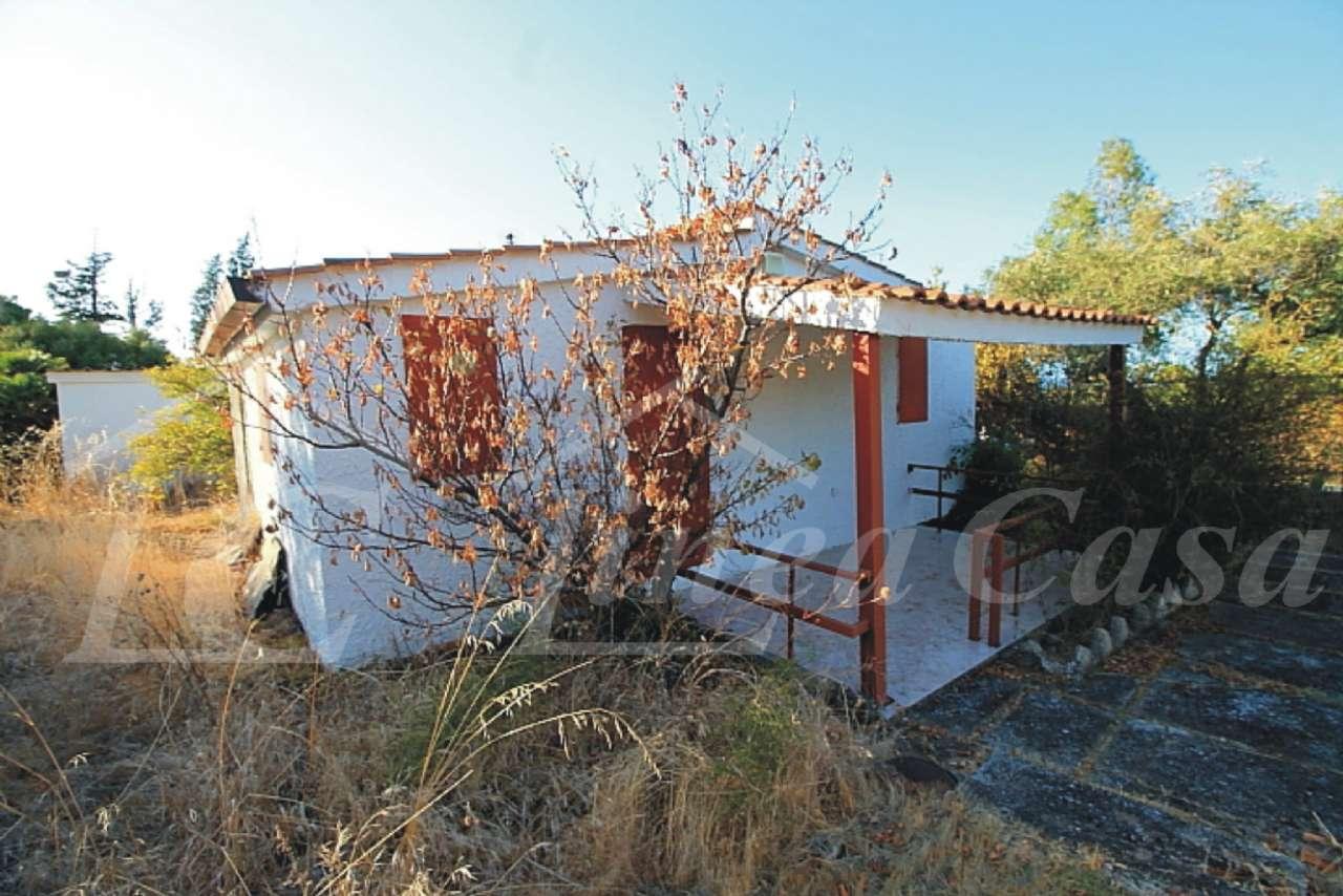 Soluzione Indipendente in vendita a Altavilla Milicia, 3 locali, prezzo € 55.000   CambioCasa.it