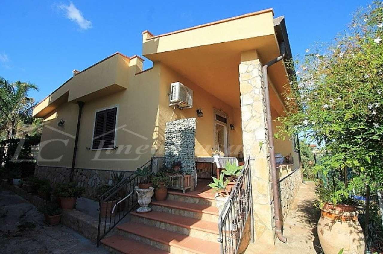 Soluzione Indipendente in affitto a Altavilla Milicia, 3 locali, prezzo € 450 | CambioCasa.it