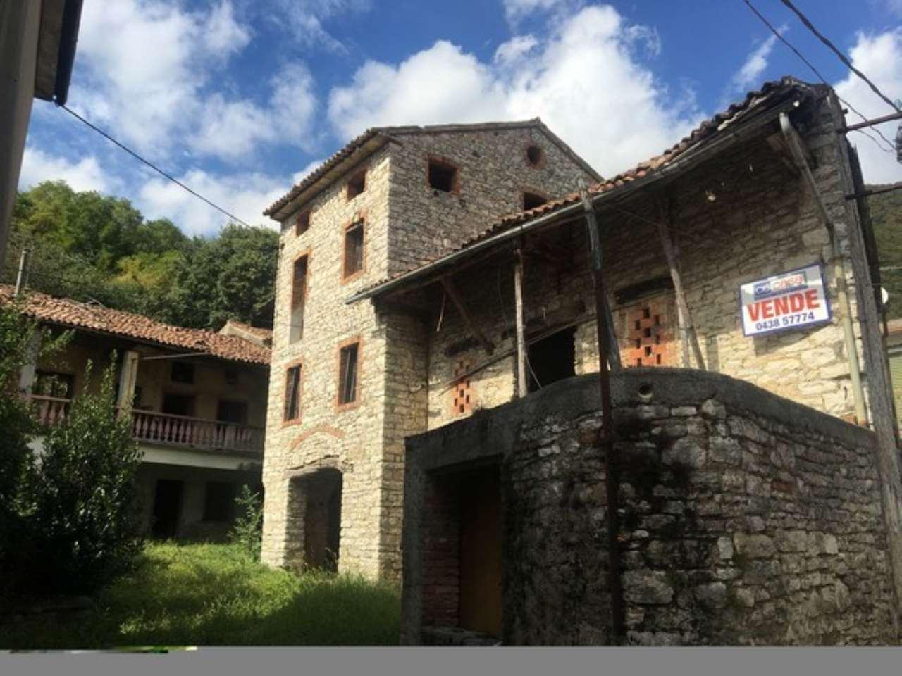 Rustico / Casale in vendita a Revine Lago, 9999 locali, prezzo € 30.000 | CambioCasa.it