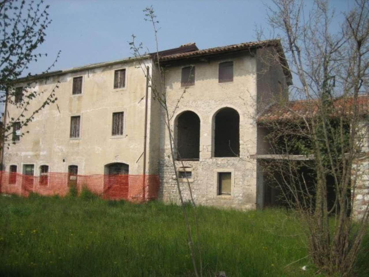 Rustico / Casale in vendita a Cappella Maggiore, 9999 locali, prezzo € 170.000 | CambioCasa.it