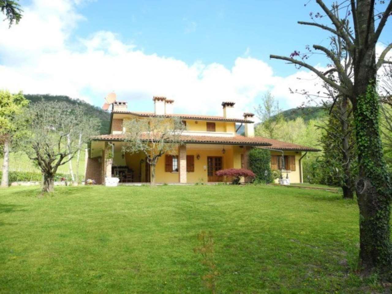 Villa in Vendita a Tarzo