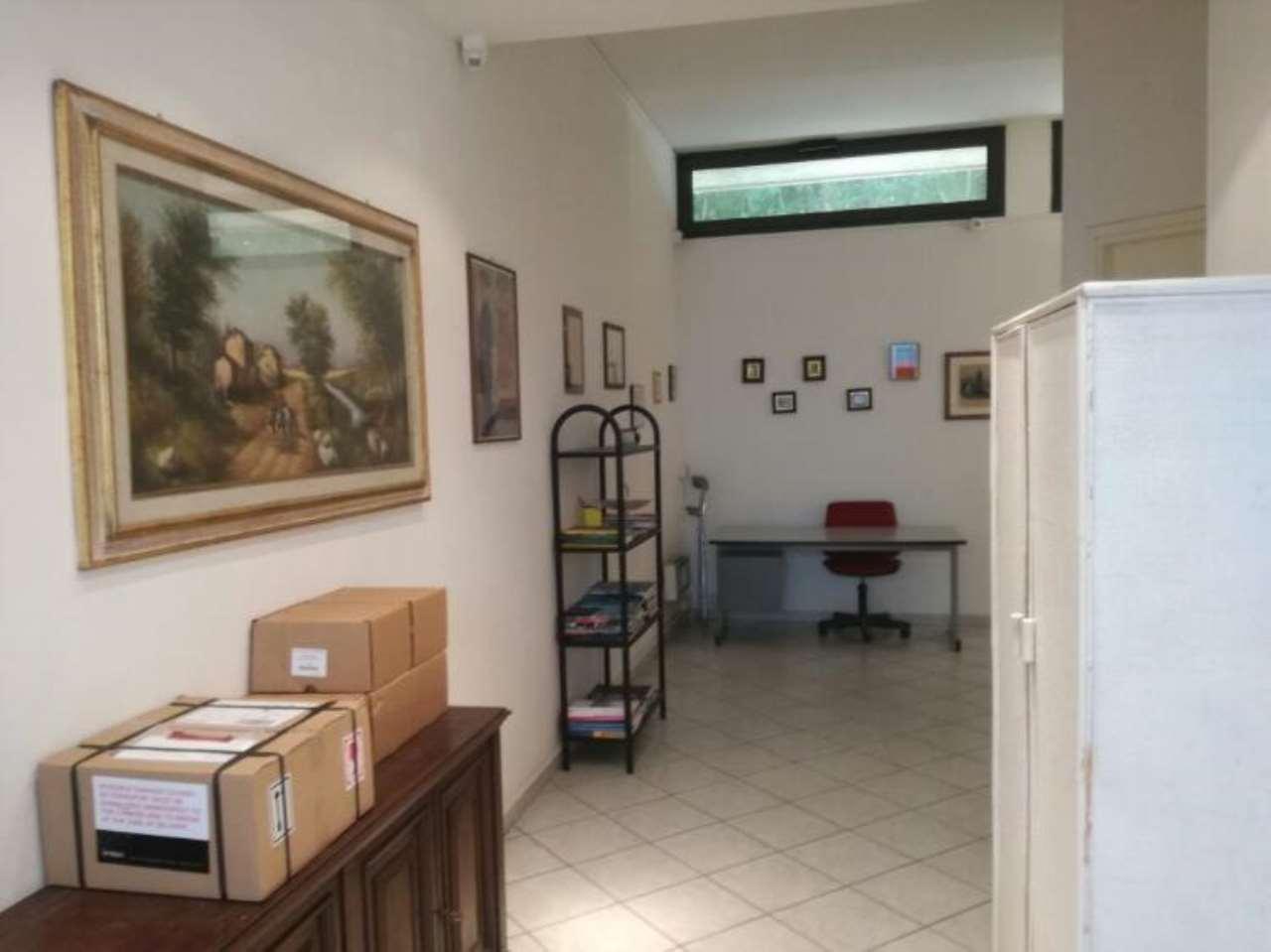Laboratorio in vendita a Firenze, 2 locali, zona Zona: 18 . Settignano, Coverciano, prezzo € 120.000   CambioCasa.it