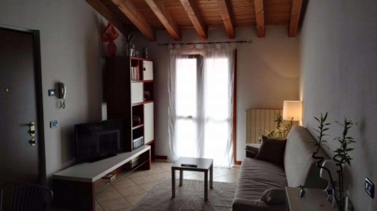 Appartamento in affitto a Ghedi, 2 locali, prezzo € 450   Cambio Casa.it