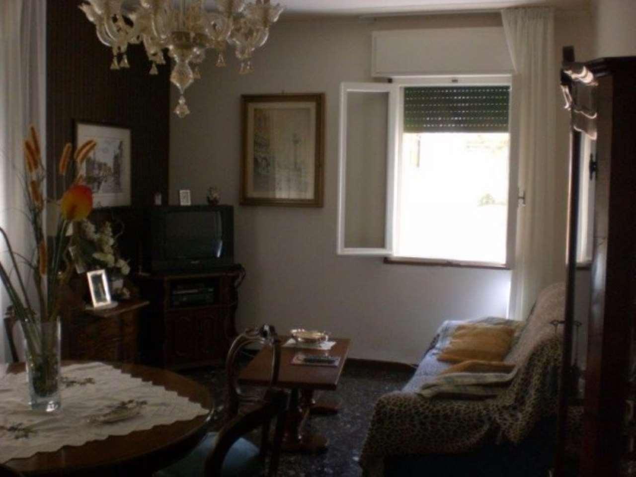 Appartamento in vendita a Venezia, 5 locali, zona Zona: 3 . Cannaregio, prezzo € 240.000 | Cambio Casa.it