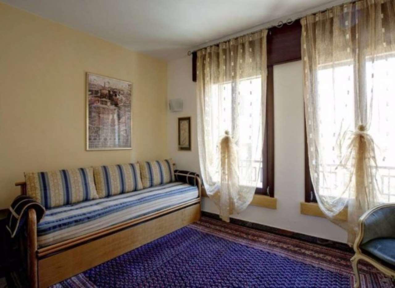 Appartamento in vendita a Venezia, 2 locali, zona Zona: 3 . Cannaregio, prezzo € 285.000 | Cambio Casa.it