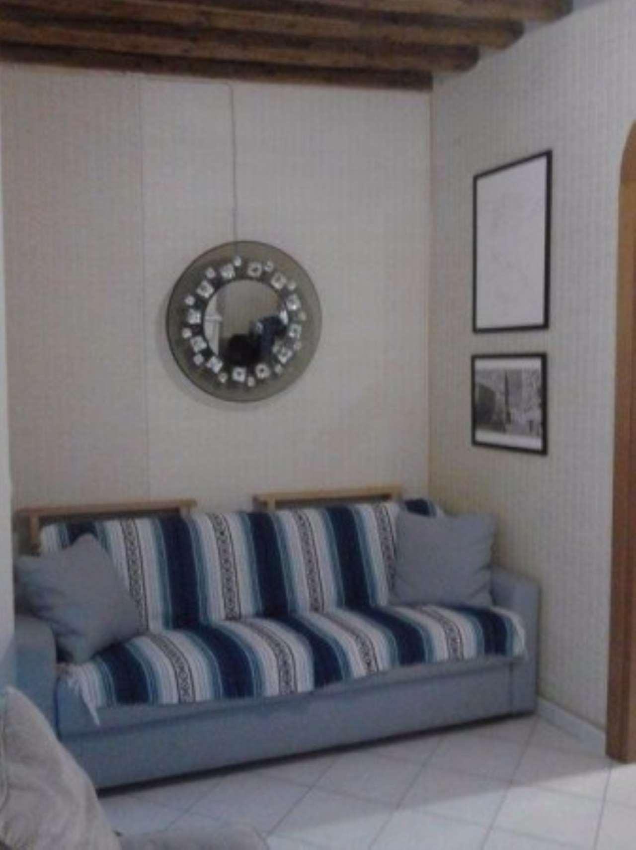 Appartamento in vendita a Venezia, 4 locali, zona Zona: 3 . Cannaregio, prezzo € 285.000 | CambioCasa.it