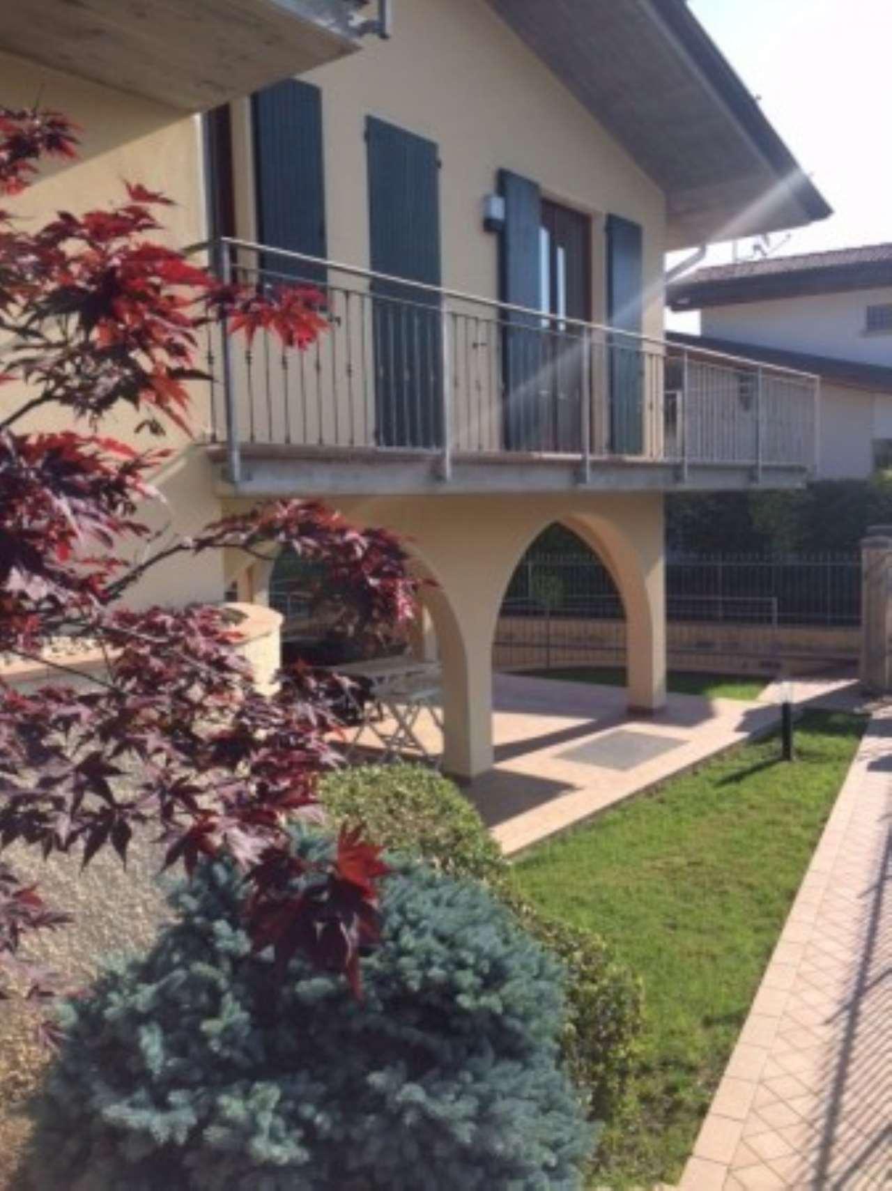 Villa in vendita a Gavardo, 6 locali, prezzo € 490.000 | Cambio Casa.it