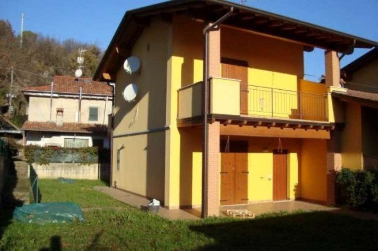 Villa a Schiera in Vendita a Nuvolento