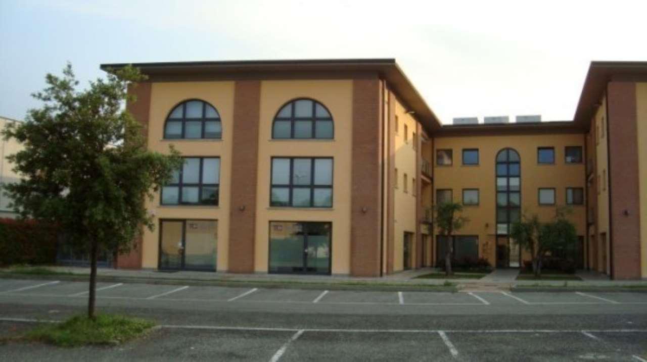 Negozio / Locale in vendita a Salò, 1 locali, prezzo € 203.000 | Cambio Casa.it
