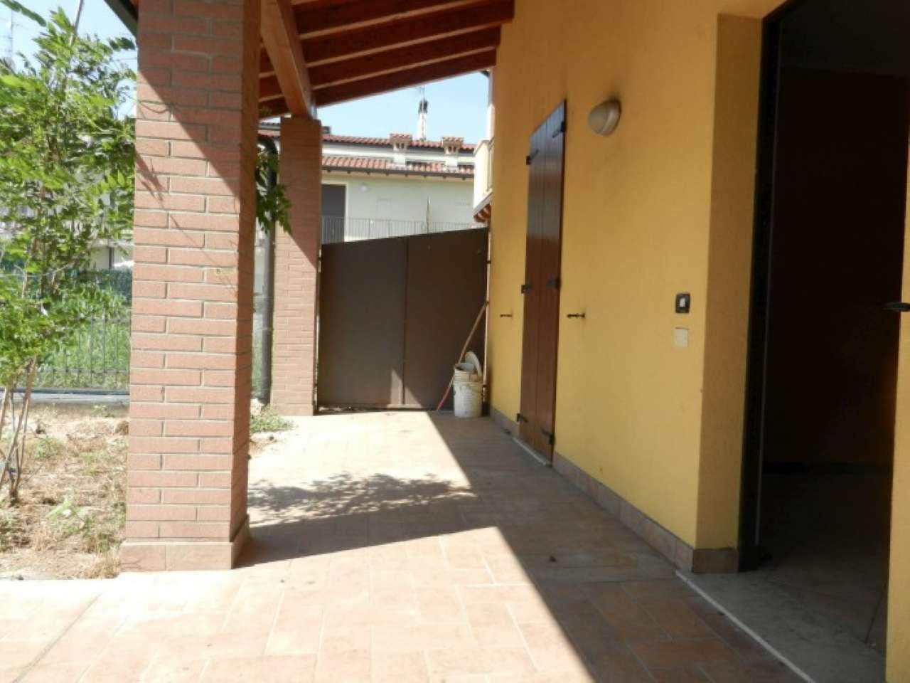 Appartamento in vendita a Nuvolento, 4 locali, prezzo € 180.000 | CambioCasa.it