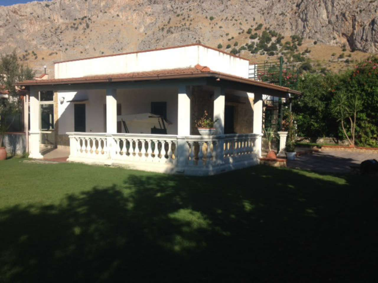Villa in vendita a Isola delle Femmine, 4 locali, prezzo € 260.000 | CambioCasa.it